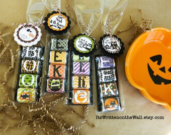 32 Halloween Hershey Nugget Wraps / 12 Tags / Party Favors / Candy Wraps / Gifts for Teacher / Trick Or Treat / Halloween Party Favor