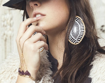Lace earrings - Insula - White lace with brass & exotic beads