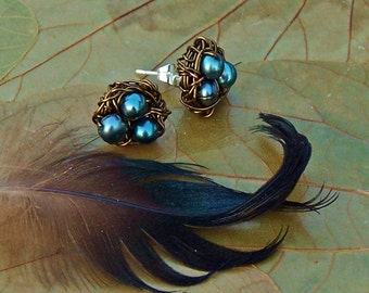 Magpie Nest Post Earrings - Peacock Green Freshwater Pearl Birds Nests