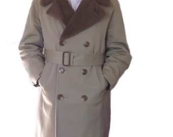 Mens Trench Coat / Vintage 70s Brooks Brothers Coat / Sz 38S