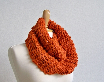Knitting PATTERN, Knit Infinity Scarf Pattern, Knit Cowl Scarf Pattern, Drop Stitch Scarf Pattern, Knitted Scarf Pattern