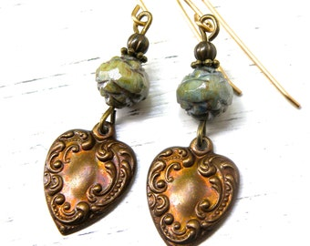 Green rosebud glass earrings, floral motif, czech glass earrings, green drop earrings, sweet earrings