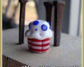 USA Americana Cupcake Lampwork Bead