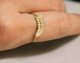 SOLID 14k Green Gold Fern Leaf Stack Ring - Delicate Stack Ring - Gorgeous Hand Carved SOLID Gold Stacking Ring