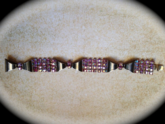 Beautiful pink rhinestone bracelet