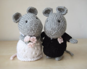 Wedding Mice bride and groom toy knitting patterns
