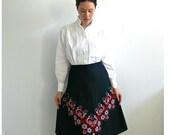 Vintage  Black Boho Embroidered Skirt - 70s skirt - black skirt - midi - aline - knee length - M L