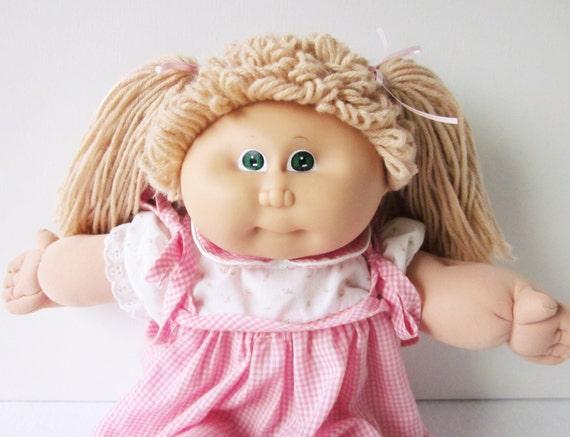 Vintage Cabbage Patch Kid Doll Girl Beige Hair Green Eyes