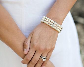 Ivory Swarovski Pearls Bridal bracelet, Bridal Classic bracelet, Vintage Style, classic rhinestone bracelet, Wedding Pearl bracelet, FATIMA