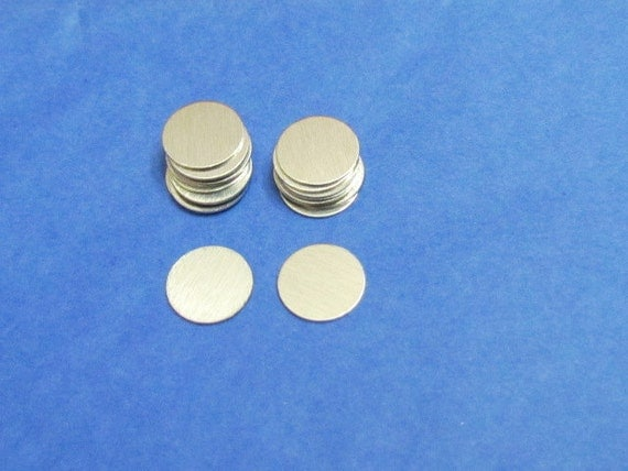 7/16 Aluminum disc -Round disc - circle blanks - 24 gauge -   hand stamping blanks - headband supplies 15 - 50 - 100 Count