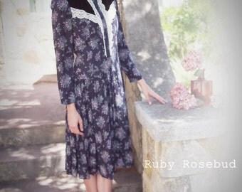 Vintage Purple Floral Prairie Gunne Sax Gauze  Dress