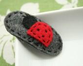 Tabby - Ladybug felt snap clip hair clip