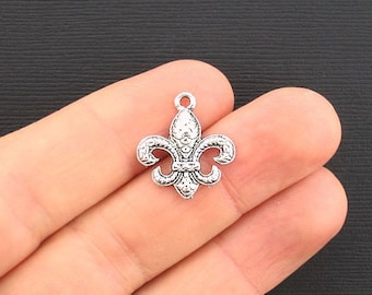 6 Fleur de Lis Antique Silver Tone Love Classic Design- SC2699