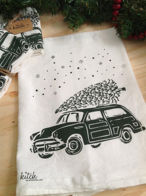 Christmas Tea Towel Retro Car and Winter Evergreen  Woody Wagon Tree Falling Snow Flour Sack Dish Cloth Kitch Kitsch