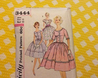 Vintage Simplicity 3444 Sweet Collared Puffed Sleeve Trimmed  Dress Sewing Pattern 32 Bust Full Skirt