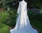 Vintage Wedding Dress with Train and Veil Lace, Beads