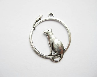 4 Cat and Mouse Charms in Silver Tone - C1580