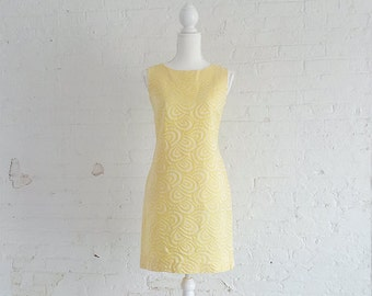 1960s Pastel Yellow Shift Dress 60s Vintage Toni Todd Psychedelic Swirl Embossed Cotton Day Dress Mod Preppy Small XS Sundress Sheath Dress