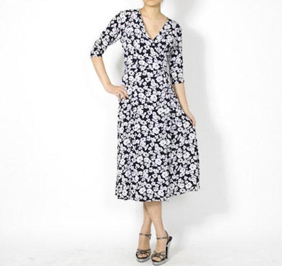 Esprit De Corp Floral Wrap Dress - S