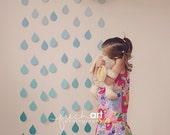 ONE Rain Drop Garland