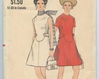 1960s Vogue 7807 Misses Mod A Line Dress Seam Detail Womens Vintage Sewing Pattern Bust 31.5 UNCUT