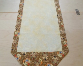 Thanksgiving Table Runner - Turkeys - tan yellow centerpiece topper or scarf