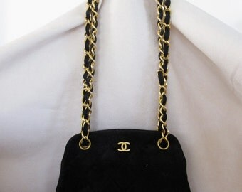 Authentic Chanel 1990 Diamond Quilt Shoulder Bag in Black Suede - Small  FREE SHIPPING