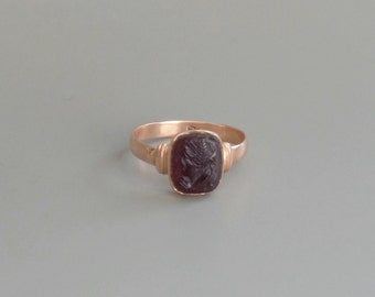 Dark Garnet Cameo Ring. Rose Gold.