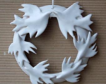 Circle of love. love and life . Indoor Wreath. White Wedding  Wreath.  Valentine gift . Wedding Favor.  Love birds . White bird flock.