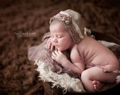 Silk and LInen Newborn Baby Girl Bonnet / Photo prop / Photographer