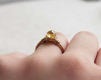 Drop of Colour Wire Wrapped Ring - Sunny Yellow