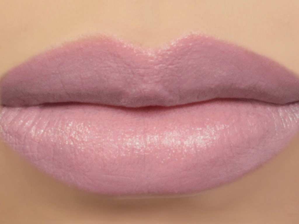Vegan Lipstick Thistle light mauve lipstick