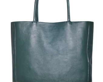 INGENUE. Green leather bag / leather tote / oversized leather tote / simple leather bag. Available in different leather color combinations.