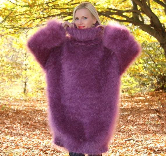 main longue et floue tricot robe pull mohair par supertanya. Black Bedroom Furniture Sets. Home Design Ideas