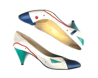 1980s Geometric New Wave Pumps Vintage Paradox Abstract Clubkid Fashion Statement Stilettos Rave Red White Aqua Blue Teal High Heels Size 8N