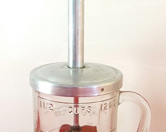 VINTAGE PAMCO Food CHOPPER with Wooden Red Handle / Retro Kitchenware