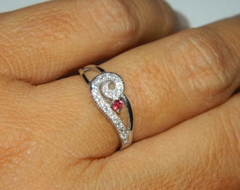 Jewelry Sale, Low Profile Ring, Ring With Small Stone, Dainty Ring With Stone