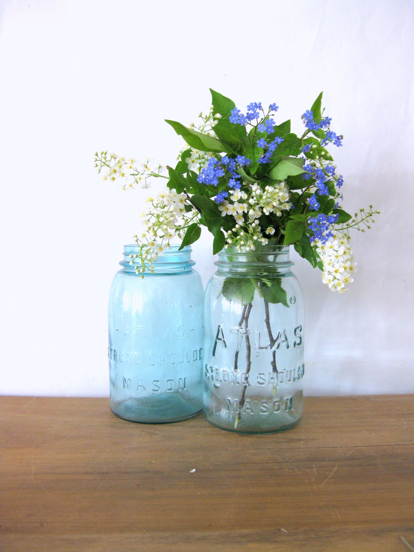 antique blue mason jar blue atlas strong shoulder blue atlas. Black Bedroom Furniture Sets. Home Design Ideas