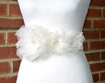Silk Flowers Wedding Sash. Silk Wedding Flowers Sash. Bridal Flowers Applique for Dress.