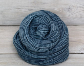 Vega - Hand Dyed Alpaca Merino Wool Silk Worsted Yarn - Colorway: Tradewinds