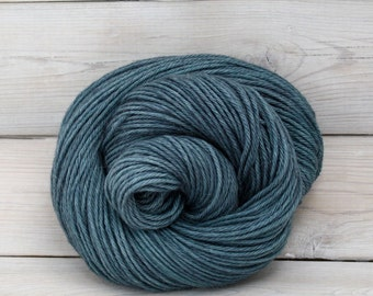 Vega - Hand Dyed Alpaca Merino Wool Silk Worsted Yarn - Colorway: Marquesas