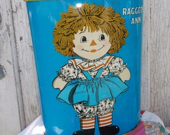 1972 Raggedy Ann & Andy Tin Trash Basket-Vintage Decor