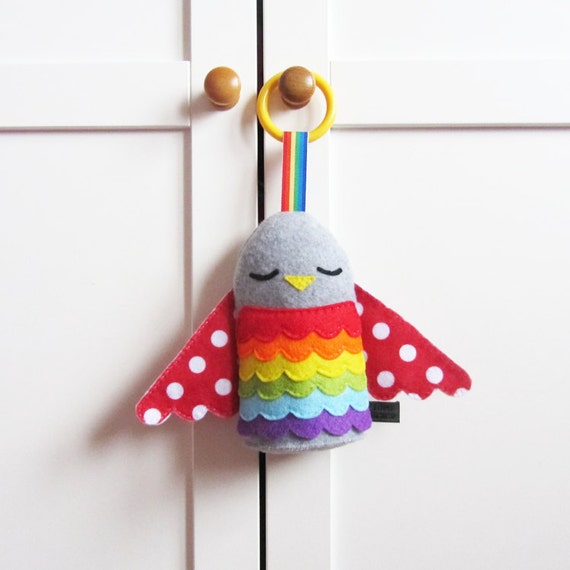 Baby Toy: Rainbow Hanging Plush Bird Toy Rattle