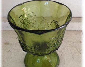 Festive Vintage Holiday Green Grapevine Goblet/Vase