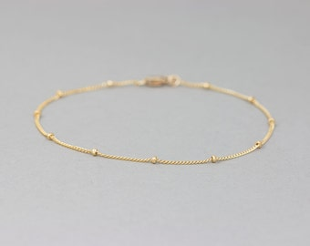Delicate Gold Bracelet / Dainty Chain Bracelet / Thin Gold Chain / Layering Bracelet / DEW DROPS Bracelet by Layered and Long LB801