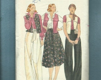 Vintage 1970's Butterick 4721 High Waist Wide Leg Pants & Loose Fitting Vest with U Shape Seam Detail Size 8