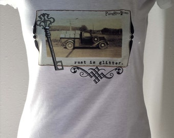 Rust is Glitter* T-Shirt, Women's Cotton TEE Shirt Vintage Junk Style with Old Truck