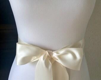 Ivory Wedding Sash- 1.5in or 2.5in Simple Satin Sash- Wedding Belt- Bridal Sash- Flower Girl Sash- Bridesmaid Sash- Plain Sash- Simple Belt
