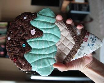 Ice cream pouch/Pencil case(pistachio & chocolate cream)
