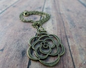 Bronze Pendant Flower Necklace